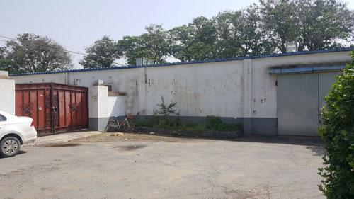 长辛店大灰厂工业用地不拆迁库房1500平米出租